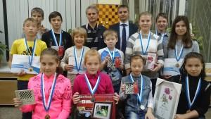 На церемонии награждения присутствовал Алексей Чижов и заместитель министра по физической культуре, спорту и туризму Удмуртской Республики Артамонов Сергей Иванович.