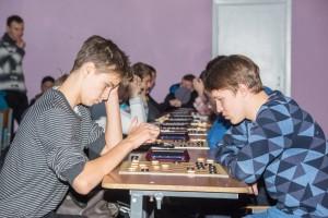 Гатауллин-Льдоков 2-0 Партия, определившая чемпиона в возрасте до 16 лет